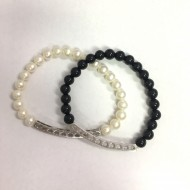 Bead Black and pearl...