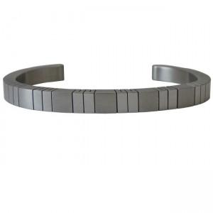 Cut Cuff Magnetic Bracelet